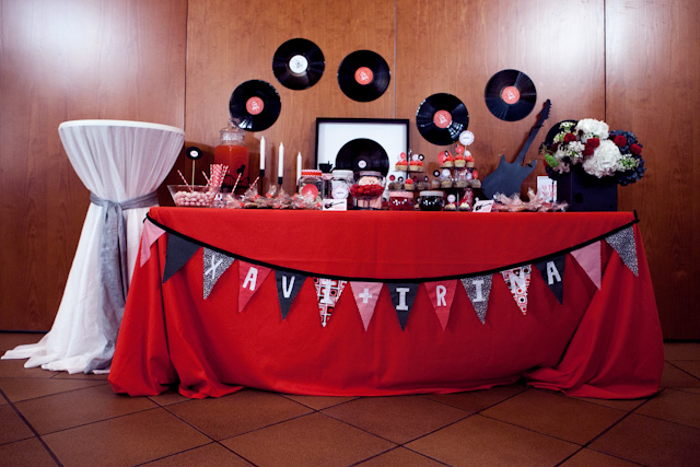 boda mesa dulce candy bar rock and roll