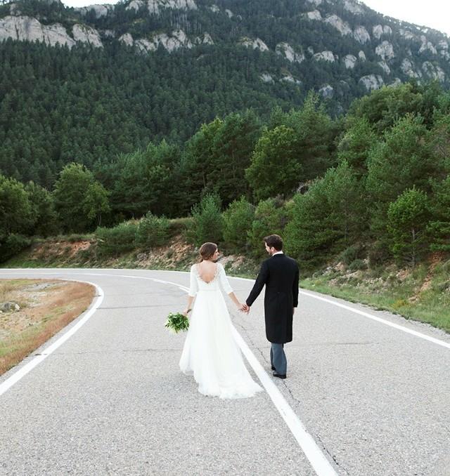 boda furgoneta vintage mint elegante campestre dama de honor rosa palo astilbe santos costura 1