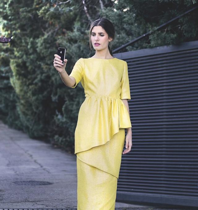 invitada boda look vestido tocado mimoki pamela estilismo asesoria novia blog atodoconfetti