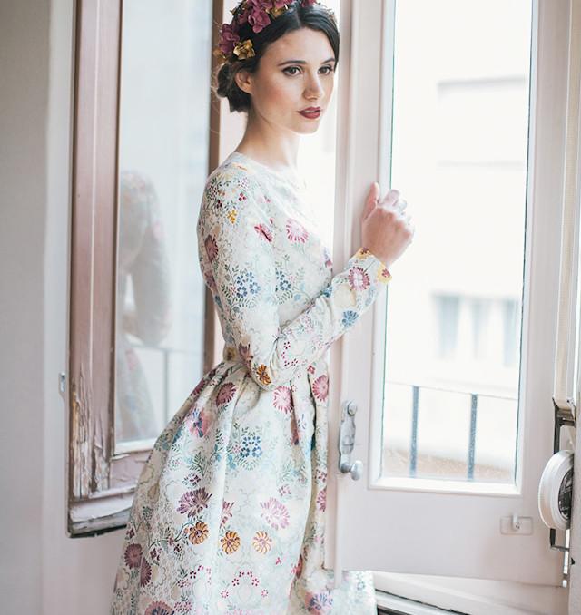 invitada boda blog vestido raquel ferrero le touquet corona flores