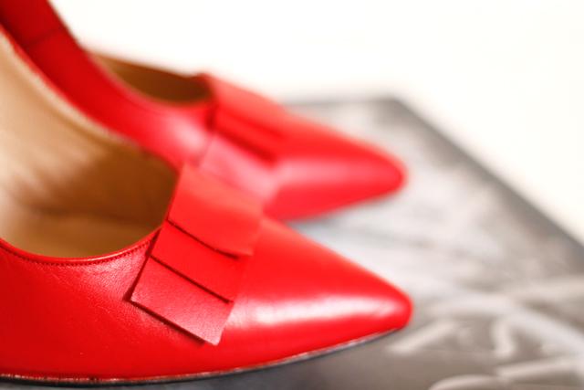zapatos a medida personalizados rojos tacon boda lazo invitada
