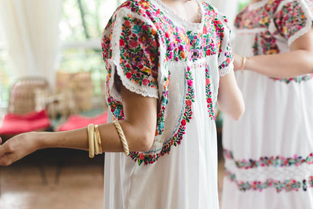 boda mexicana mejicana flores vestido novia bride dress flowers