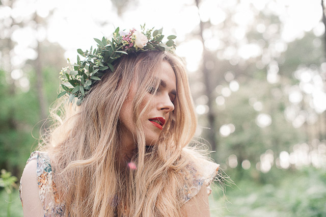 novia boho bohemia boda blog wedding forest folk flower crown corona flores vestido