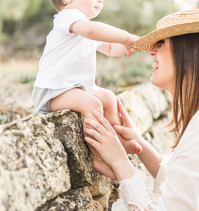 maternity session romantic mum son boho nature spring maternidad sesion fotos