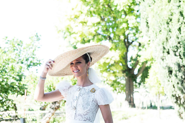 pamela novia boda blog sombrero rafia wedding hat bride