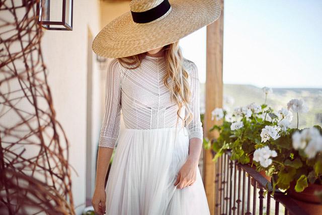 pamela novia boda blog sombrero rafia wedding hat bride