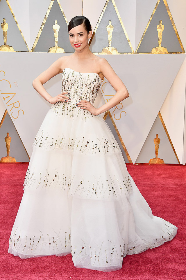 oscar 2017 vestido blanco dorado novia wedding dress bridal runway
