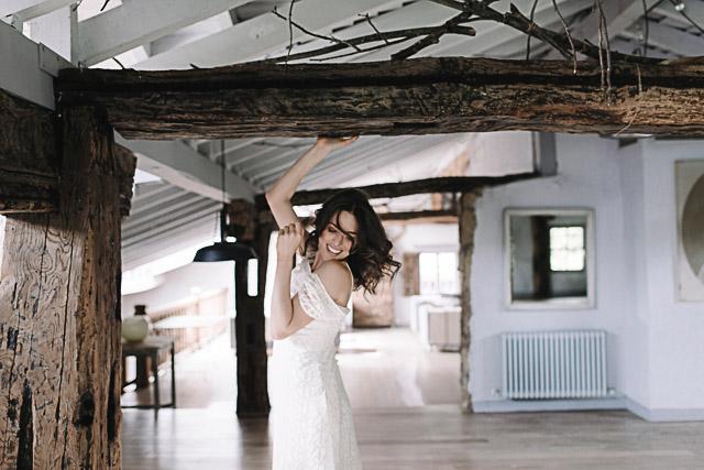 novia guapa otaduy natural pelo suelto sexy caserio olagorta