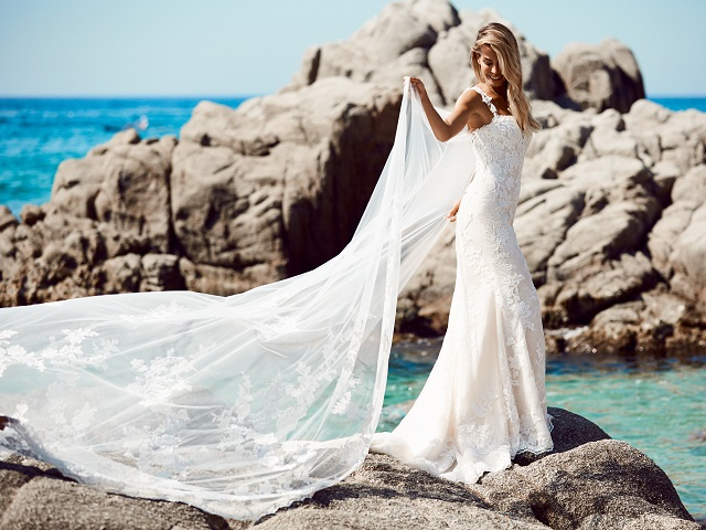 studio st. patrick vestido novia pronovias sensual elegante ajustado