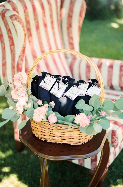 bautizo idea decoracion fiesta mesa flores primavera 29