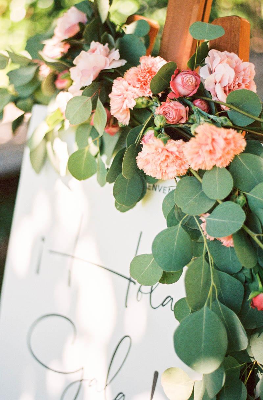 bautizo idea decoracion fiesta mesa flores primavera 7