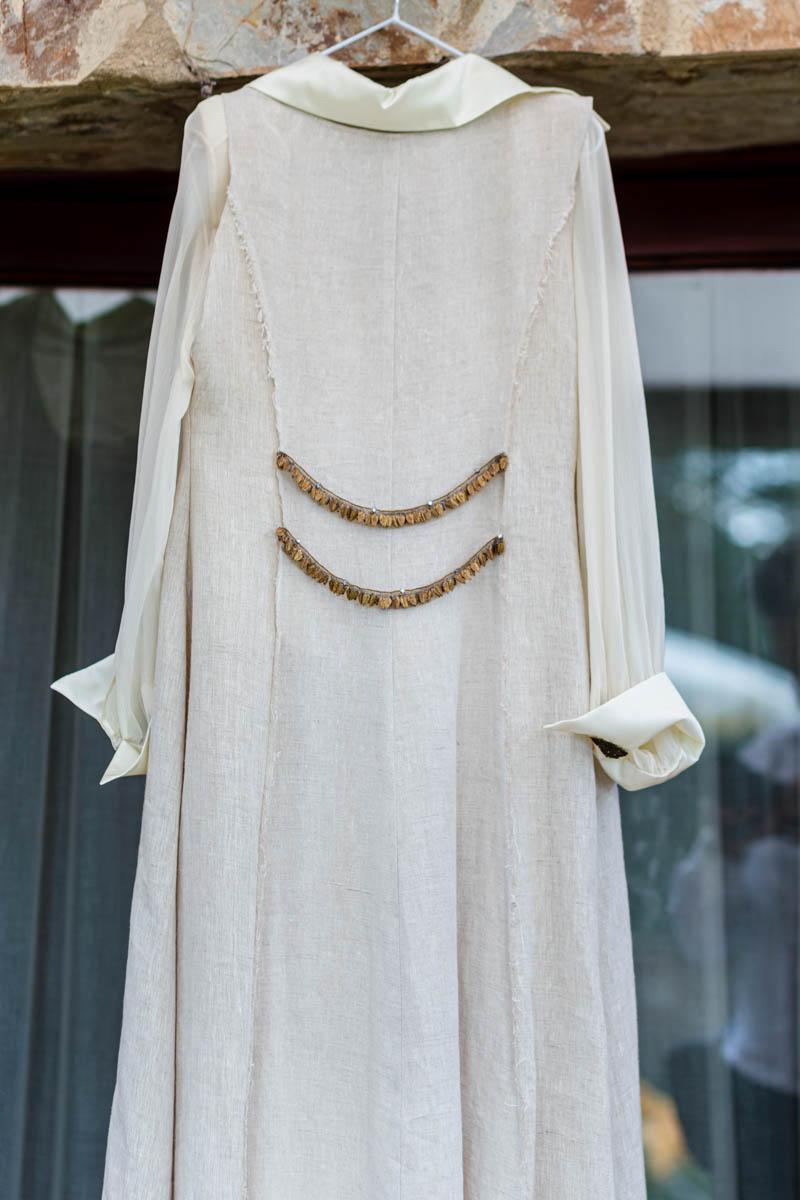 boda zamora vestido novia pantalon sombrero mono capa 11
