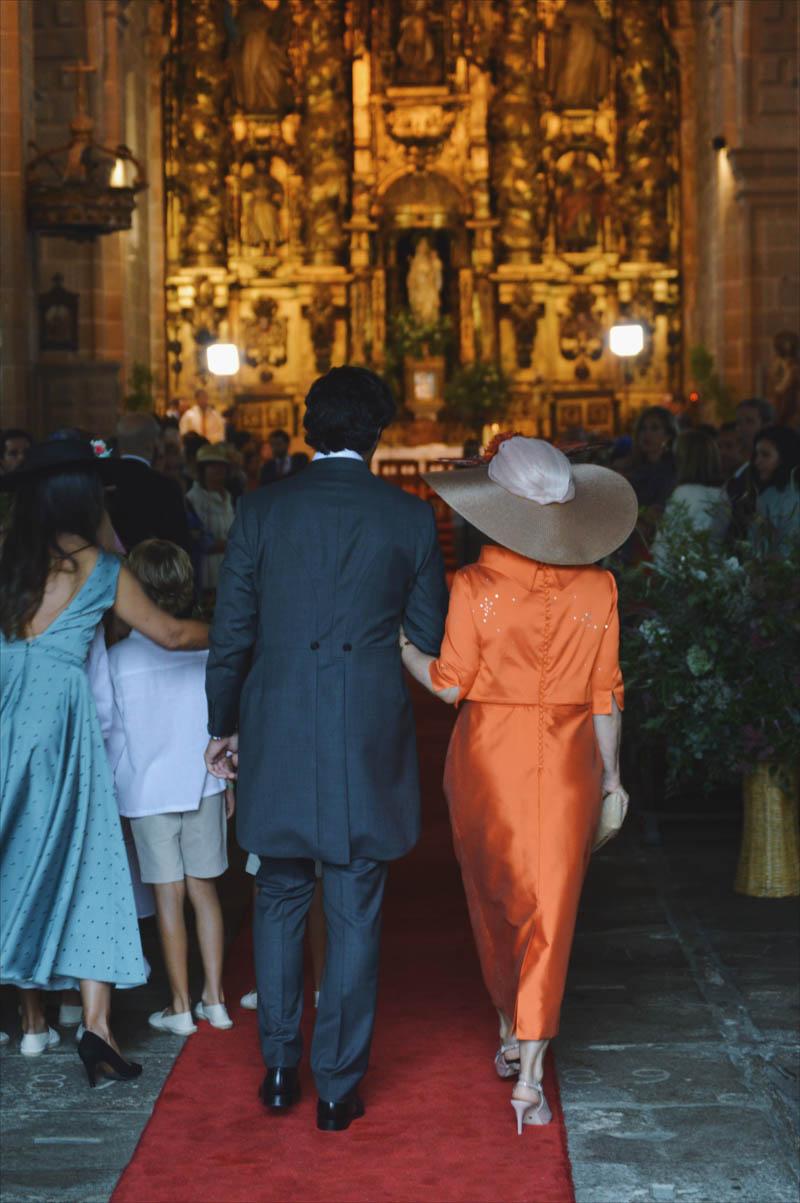 madre novia boda madrina vestido largo corto pamela blog bodas a todo confetti